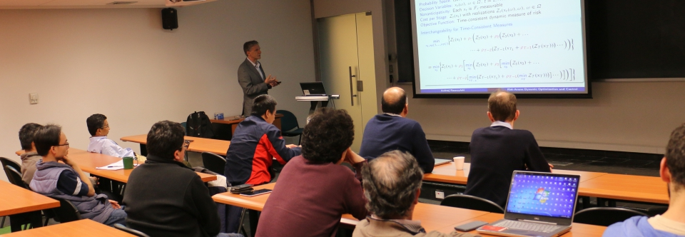 International experts discuss on Stochastic Optimization at CMM