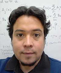 Luis Briceño